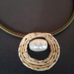 Ciondolo con ovale forato più pietra dura